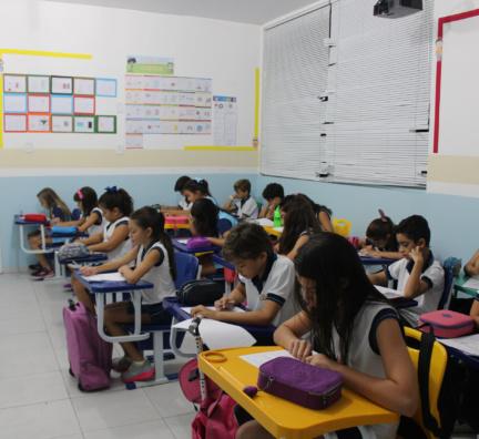 Alunos participam do Concurso Canguru de Matemática
